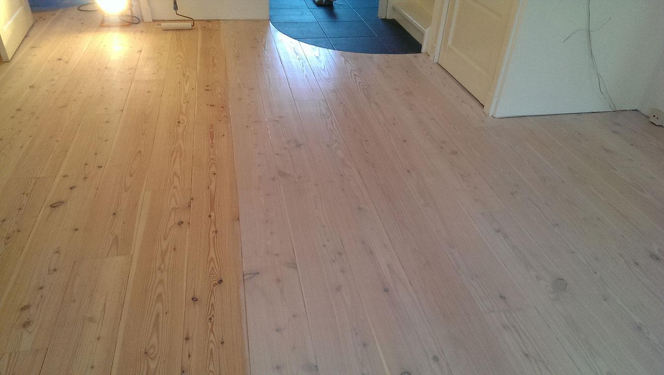 Witte Grenen Vloer : Grenen vloer voor de helft behandeld met witte osmo jan de vloerenman